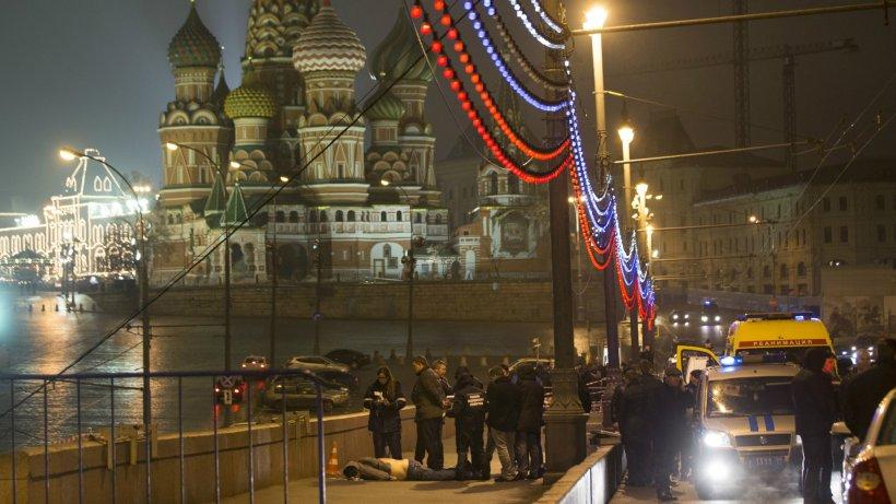 """Poliţia din Rusia s-a mişcat """"suspect"""" de repede. CINE este vinovat de moartea lui Nemţov: """"Este un poliţist, decorat pentru curaj"""""""