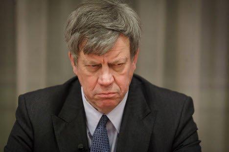 Ministrul Justiţiei, acord cu un traficant de droguri. Oficialul a fost forţat să îşi dea demisia