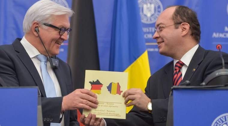 """România """"regretă profund"""" GAFA comisă: harta Franţei, acoperită cu steagul Germaniei, trimisă cadou nemţilor"""