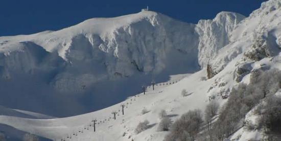 Risc moderat de AVALANŞĂ şi zăpadă RECORD la Bâlea Lac. Vezi cât măsoară cel mai mare strat de zăpadă din ţară