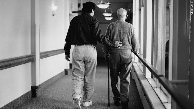 Tratament revoluţionar împotriva Alzheimer-ului. Rezultatele de laborator sunt extrem de bune