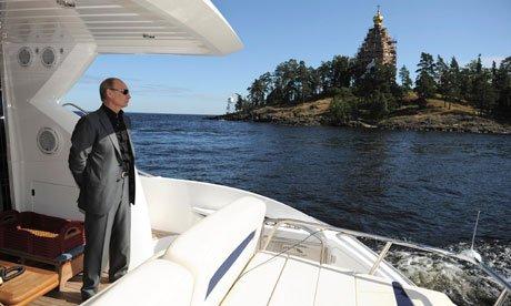 """Ce pregăteşte Vladimir Putin, în timp ce ruşii de rând mor de foame. """"Are în dotare peste 58 de aeronave"""""""