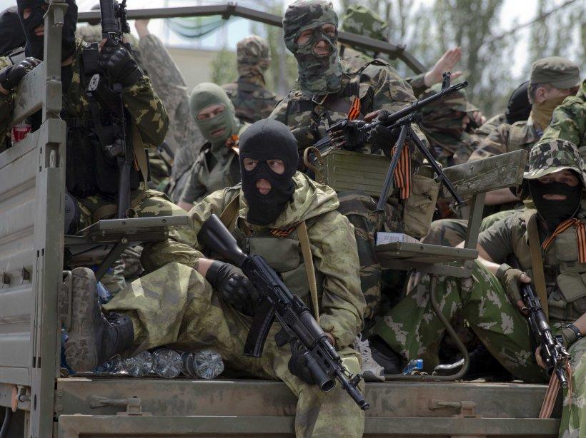 """""""Revenirea"""" lui Vladimir Putin încinge spiritele. Atacuri în forţă ale rebelilor pro-ruşi, pe frontul din Ucraina"""