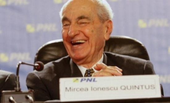 Preşedintele de onoare al PNL, Mircea Ionescu Quintus, sărbătorit la 98 de ani