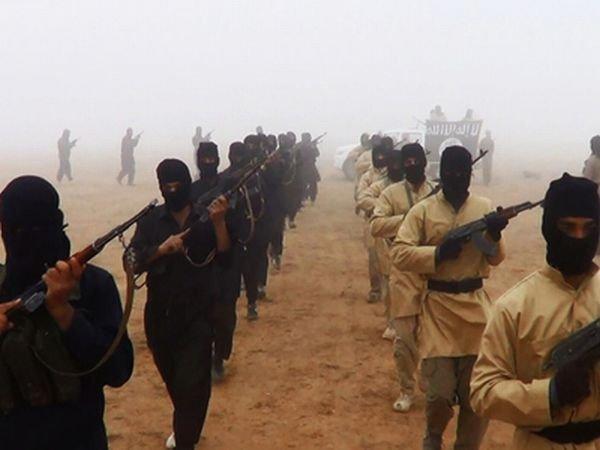 Un angajat al Forţelor Aeriene SUA a vrut să devină membru al grupului Stat Islamic după concediere