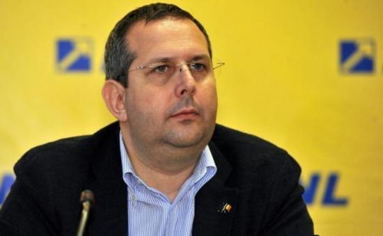 Cererea de arestare a deputatului PNL, Theodor Nicolescu, a ajuns la Parlament