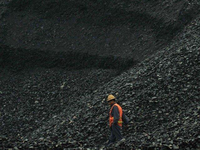 Preţul cărbunelui european a scăzut la minimul ultimilor şapte ani, din cauza reducerii cererii