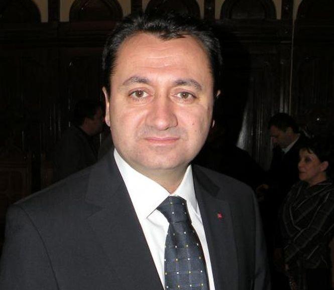 Deputatul PSD Florin Pâslaru, amendat penal pentru că şi-a angajat fiul la Parlament