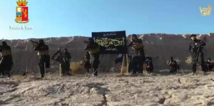 Trei suspecţi jihadişti au fost arestaţi în Italia şi Albania