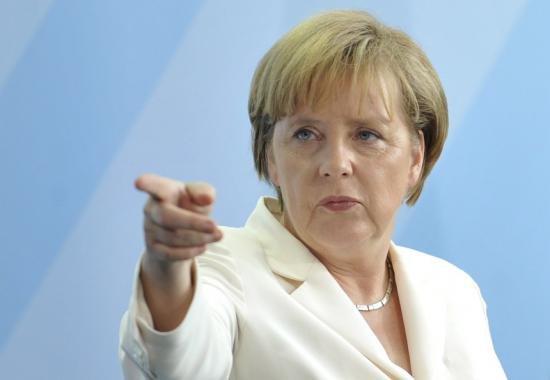 """Merkel: Tragedia aviatică din Alpii francezi """"ia o dimensiune total de neimaginat"""""""