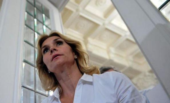 """Ruxandra Dragomir: """"Cerul plânge pentru că Elena Udrea este după gratii"""""""
