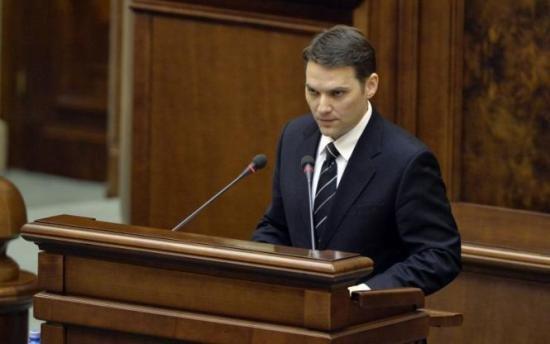Dan Şova nu vede niciun motiv pentru care ar demisiona de la Facultatea de Drept