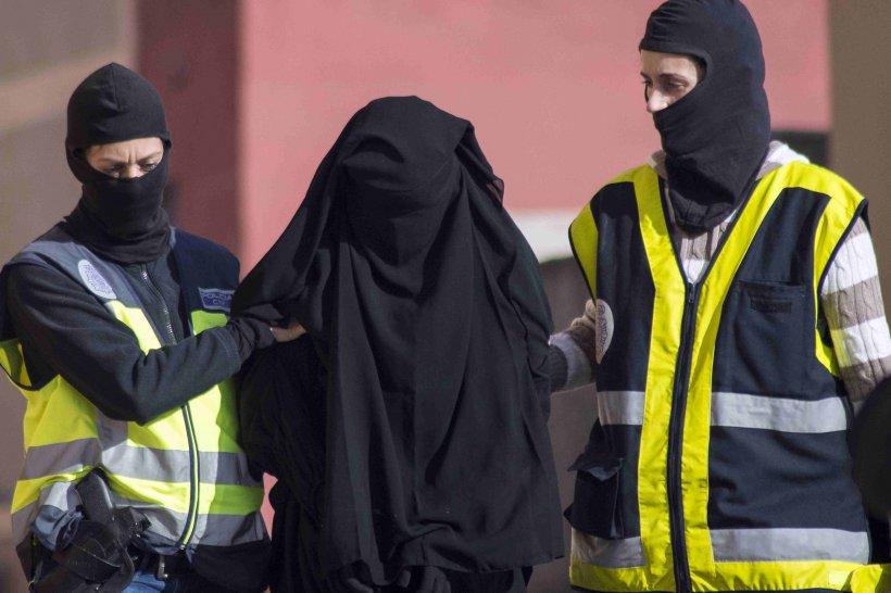 O întreagă familie de marocani a fost arestată în Spania