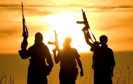 Trei sute de cetăţeni ruşi sunt anchetaţi pentru alăturare la organizaţii teroriste