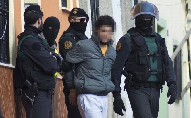 Spania.10 suspecţi de terorism au fost arestaţi în Catalonia