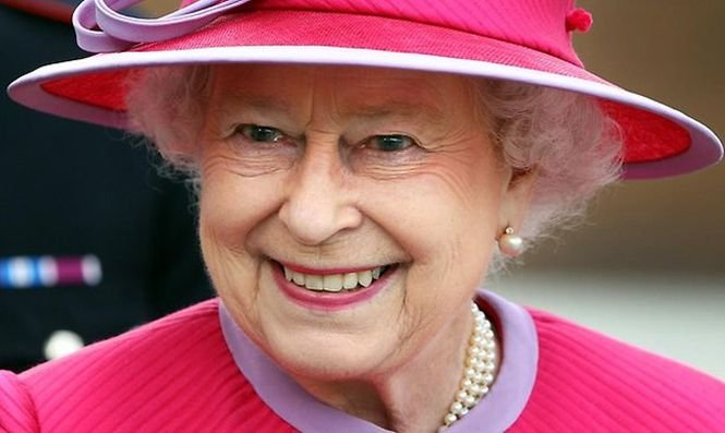 Regina Elisabeta a II-a, cel mai VÂRSTNIC monarh în viaţă de pe glob, împlineşte 89 de ani