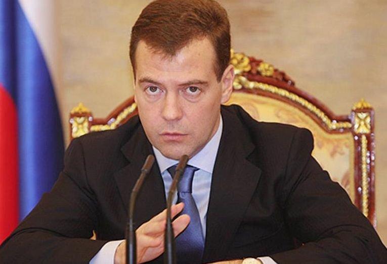 Rusia recunoaşte că nu s-a mai confruntat NICIODATĂ cu probleme atât de mari