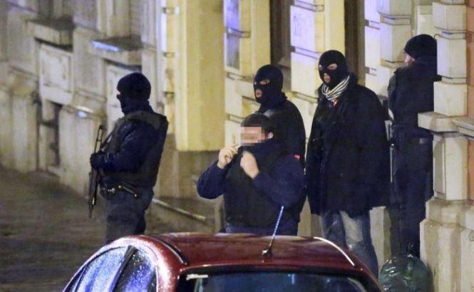 Poliţiştii francezi au dejucat un atentat terorist IMINENT