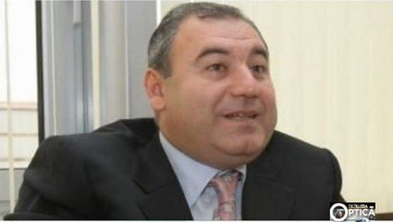 Deziluzia optică:  Lev Nicolaevici Cocoş