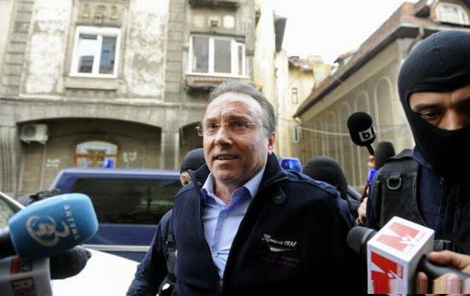 Gheorghe Nichita, adus din arest la domiciliu, la DNA. Procurorii fac percheziţia informatică
