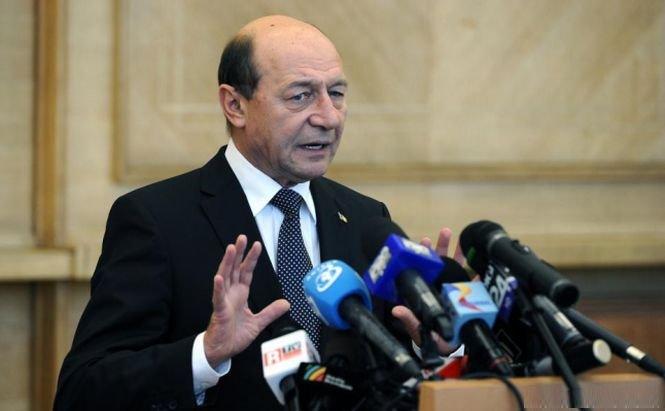Băsescu se bagă cu picioarele în justiţie: Există procurori controlaţi de SRI