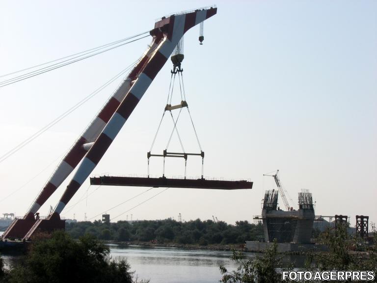 Podul peste Dunăre de la Giurgiu a intrat în lucrări de reabilitare