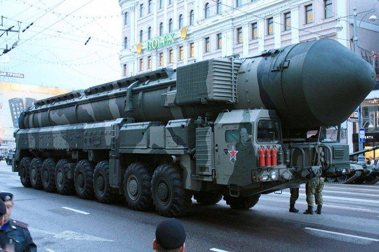 Rusia: NATO duce o propagandă împotriva noastră. Sunt minciuni!