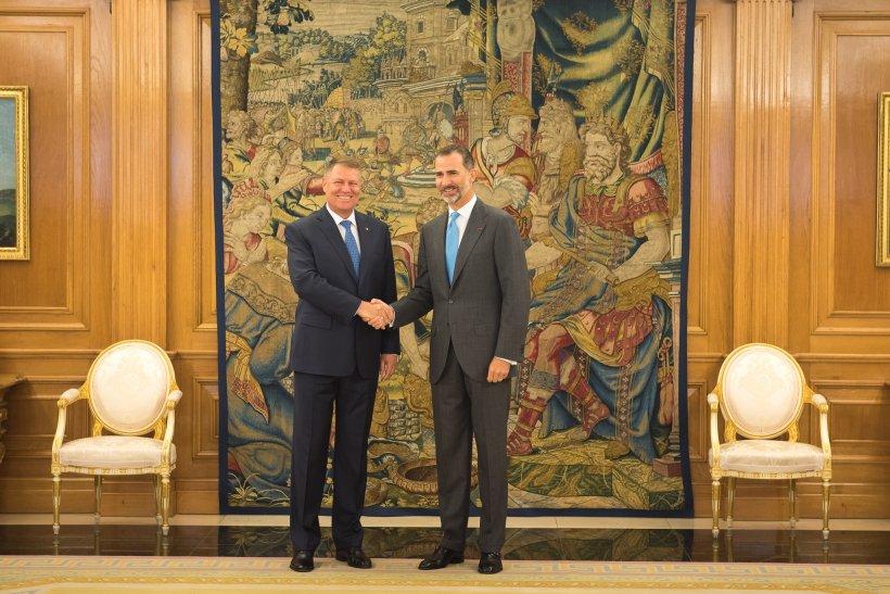 Președintele Klaus Iohannis alături de prima doamnă în Spania! Cum s-a îmbrăcat Carmen Iohannis la vizita oficială în Regatul Spaniei
