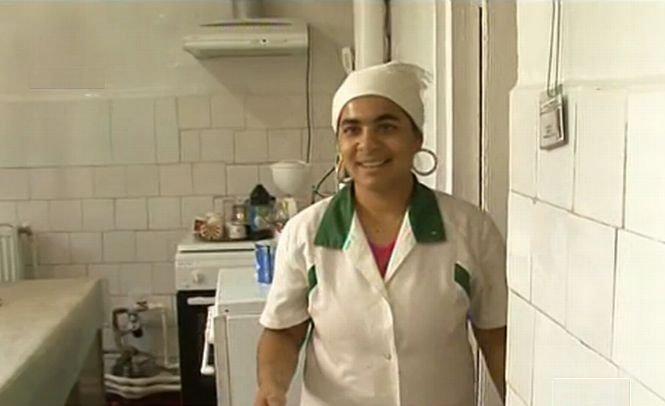 Fiica lui Bercea Mondial face muncă în folosul comunităţii