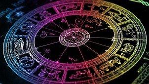 Horoscopul zilei - 25 august. Racii îşi doresc să fie lăsaţi în pace. Cum va fi ziua pentru celelalte zodii