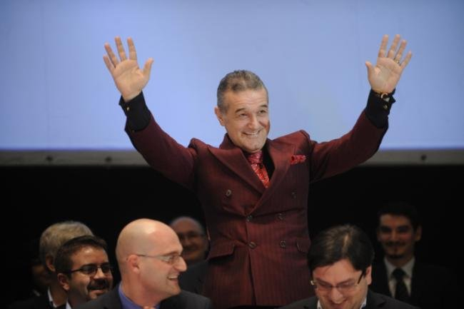 Gigi Becali i-a șocat pe jurnaliștii străini