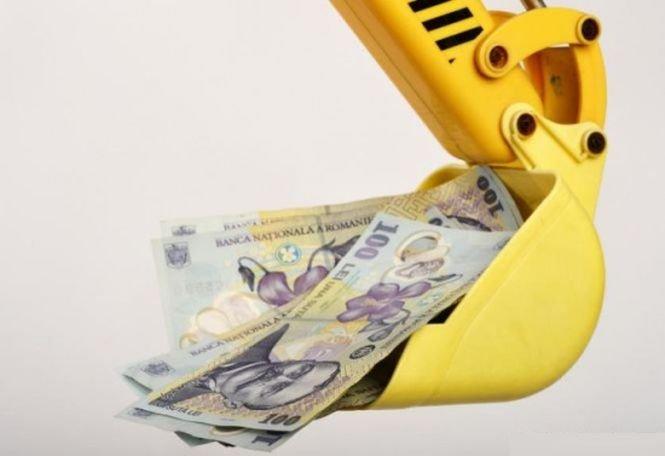 Românii au început să evite să se mai împrumute în valută