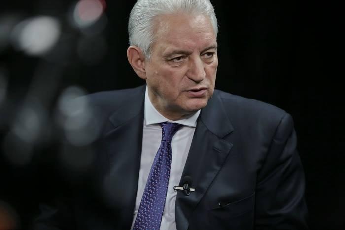 Ce se întâmplă cu Ilie Sârbu după renunţarea la conducerea grupului senatorilor PSD