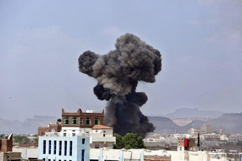 Atentat la o moschee din Yemen: Cel puţin 28 de oameni au fost ucişi de Statul Islamic
