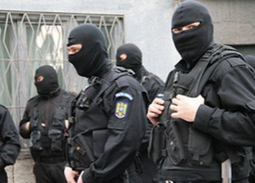 Percheziţii ale procurorilor DNA la Primăria Capitalei şi la locuinţa lui Sorin Oprescu