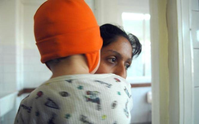 Mărturia cutremurătoare a unei mame. Ce se întâmplă într-un spital dintr-un oraş mare din România