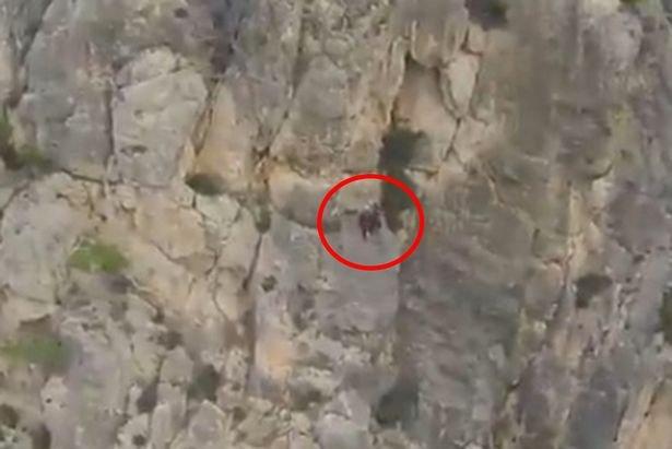 Un bărbat care încerca să escaladeze o stâncă din Mallorca a rămas blocat la 70 de metri