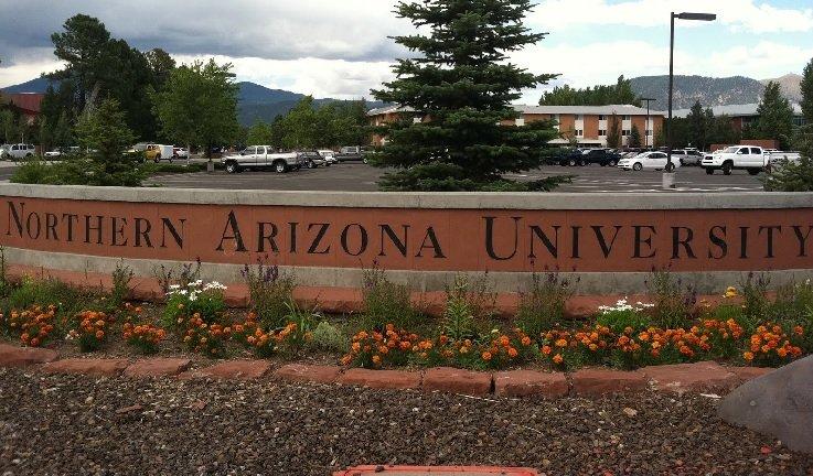 Atac armat la o universitate din Arizona. O persoană a fost ucisă
