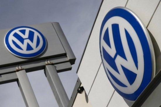 Câte maşini va rechema Volkswagen în service