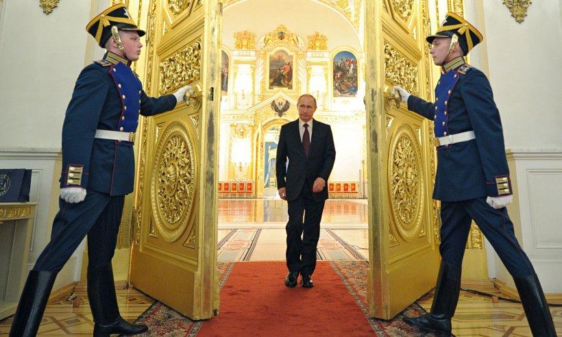 Vladimir Putin, avere fabuloasă estimată la 200 de miliarde de euro