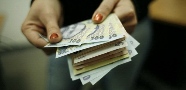 Legea salarizării este aproape gata. Ce se întâmplă cu salariile începând cu 1 decembrie