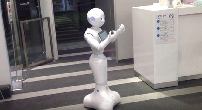 Primul robot care înlocuieşte omul a fost prezentat publicului, într-un supermarket