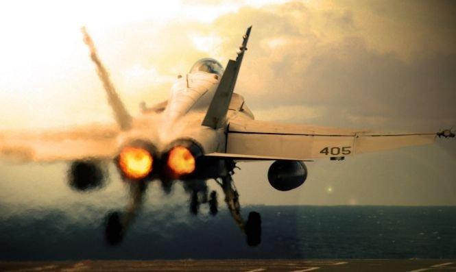 Pilot mort după ce un avion de luptă american s-a prăbuşit în Anglia