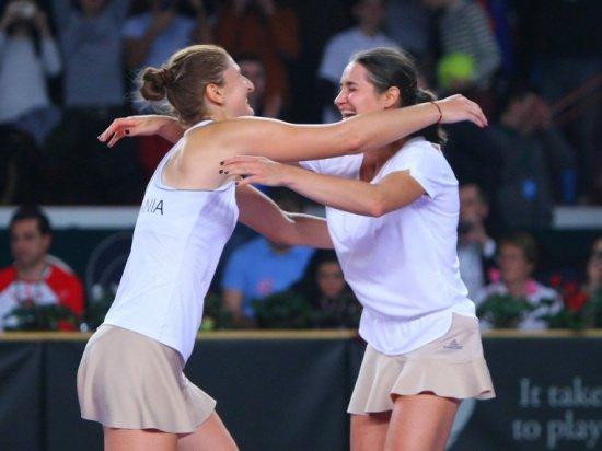 Irina Begu și Monica Niculescu vor juca finala de dublu a turneului de la Moscova