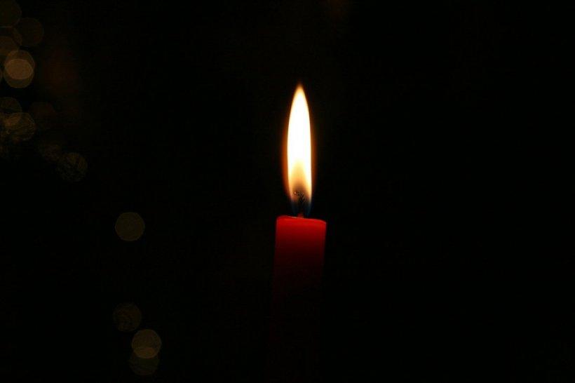 Românii din Canada, solidari cu victimele şi familiile incendiului din Clubul Colectiv