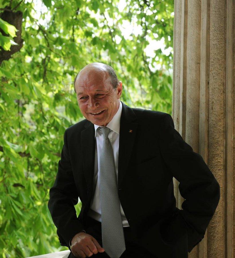 Lovitură pentru Traian Băsescu: Nepotul său a fost concediat