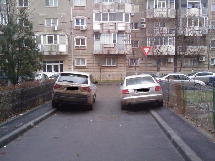 Parcarea pe trotuar – ilegală sau nu?