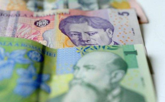 Salariul mediu a crescut cu 2,1 % în luna octombrie