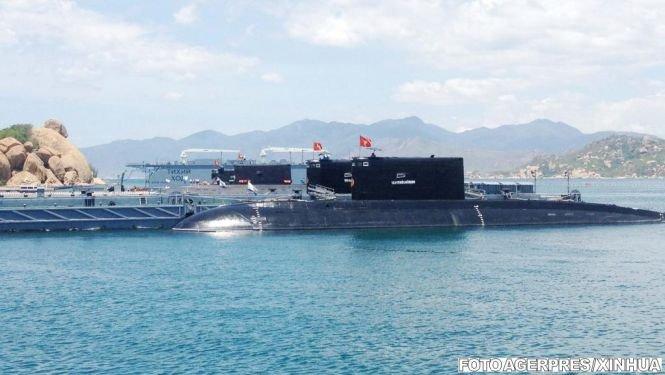 Un submarin rusesc, echipat cu rachete, a ajuns în apropierea Siriei