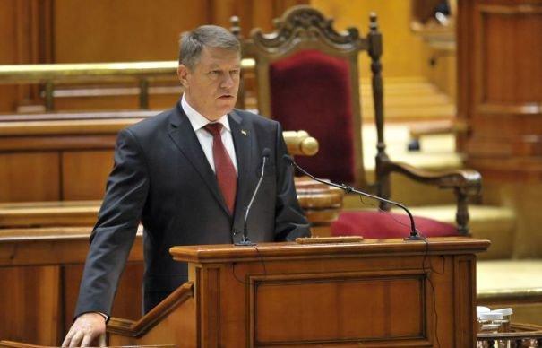 Președintele Iohannis vrea să se adreseze Parlamentului pe 16 decembrie, la împlinirea unui an de mandat
